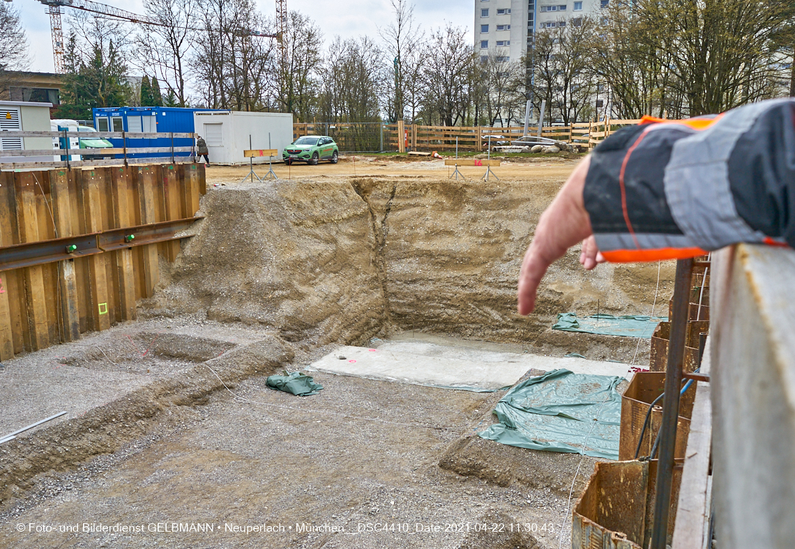 Aktuelle Fassadensanierung bei uns im Marx-Zentrum 18.04.2021