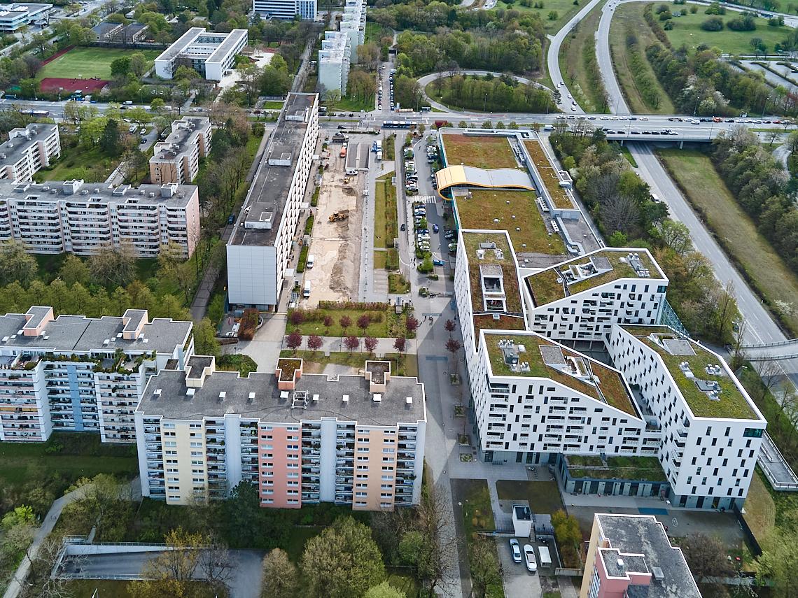 Luftaufnahmen - Aktuelle Baustellenfotos vom Plettzentrum.